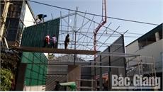 Mất an toàn ở nhiều công trình xây dựng dân dụng