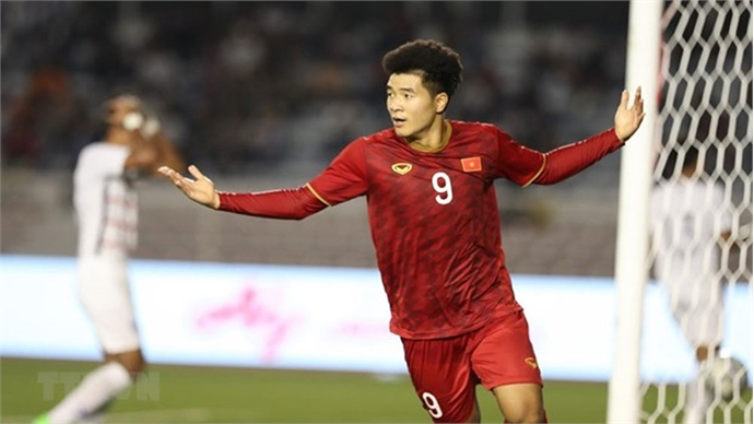 SEA Games 30: Vietnam advance to football final
