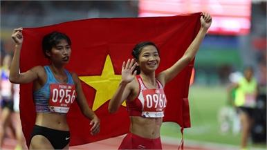 VĐV Nguyễn Thị Oanh (Bắc Giang) giành HCV nội dung chạy 1500m tại SEA Games 30