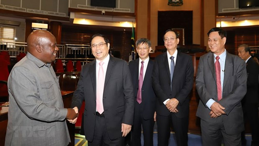 Vietnam, Tanzania aim to forge cooperation across spheres