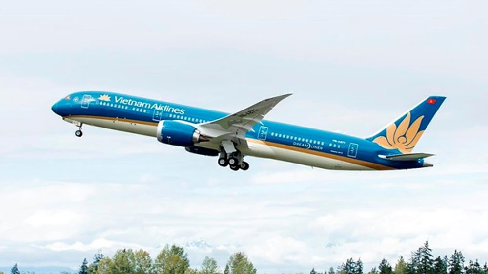 Vietnam Airlines, flights to Philippines, football fans, National flag carrier,  additional services, travel services