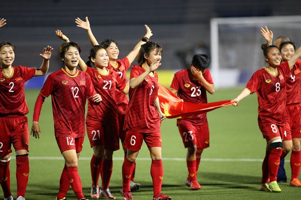 SEA Games 30, Vietnam, female football team, gold medal, beautiful swerve shot, Nguyen Thi Van, dangerous shot
