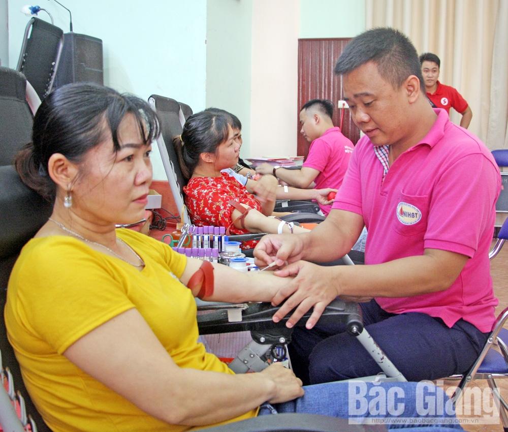 Nhân lên nghĩa cử cao đẹp, huyện Việt Yên, phong trào hiến máu tình nguyện,