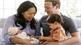 Cách dạy con trưởng thành của ông chủ Facebook Mark Zuckerberg như thế nào?
