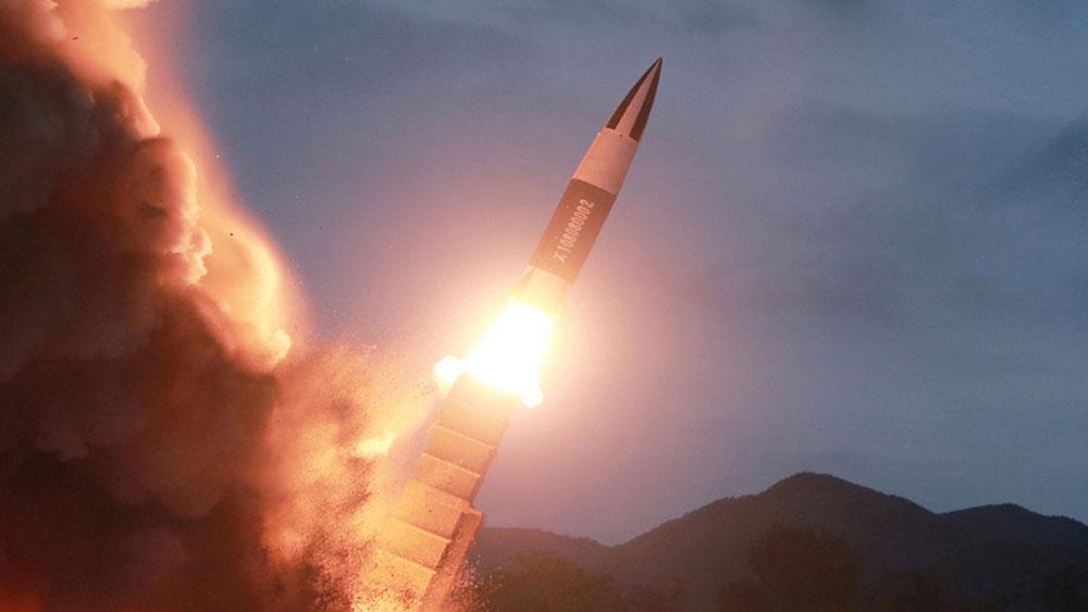 Hàn Quốc, Triều Tiên, thử động cơ tên lửa