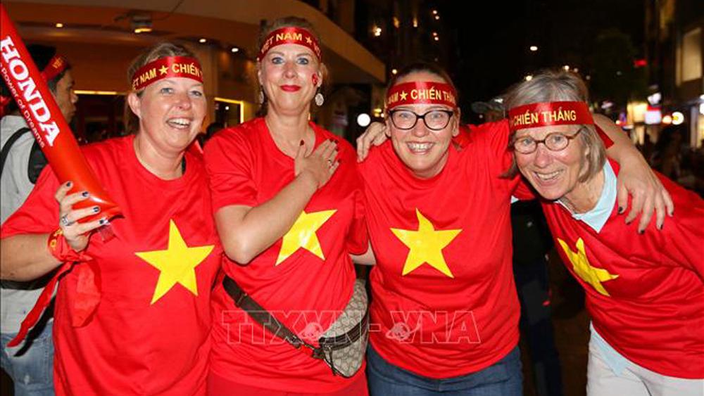 Hàng triệu cổ động viên đồng hành cùng U22 Việt Nam chinh phục HCV Sea Games 30