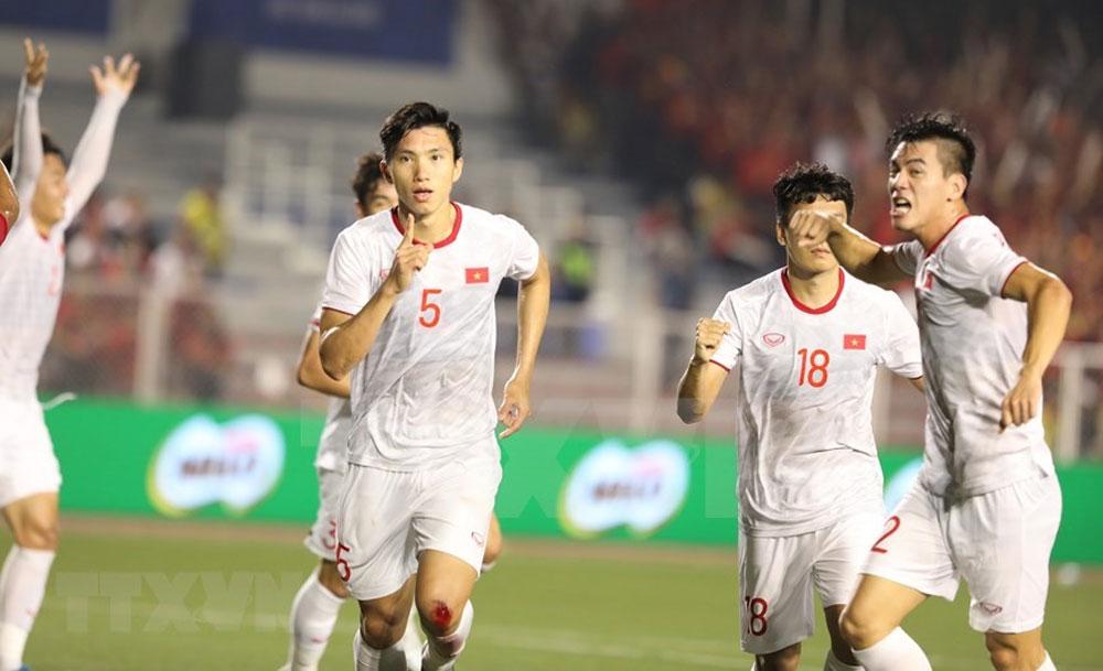 SEA Games 30, Vietnam, long-awaited gold, men's football, first-ever Southeast Asian, final match,  the Philippines
