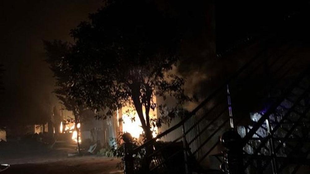 Lâm Đồng, Cháy nhà trong đêm, bốn người, một gia đình tử vong