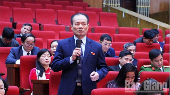 Kỳ họp thứ 9, HĐND tỉnh: Nhiều ý kiến chất vấn về tiến độ thực hiện dự án đầu tư