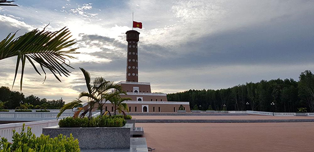 Ca Mau Cape, Culture – Tourism Week 2019, opening ceremony, revolutionary tradition, smokeless industry, Hanoi flag tower