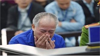 Thủ phạm truy sát gia đình em trai ở Đan Phượng khóc tại tòa
