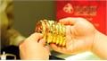 Giá vàng hôm nay 14-12, biến động lớn, thận trọng dò tìm