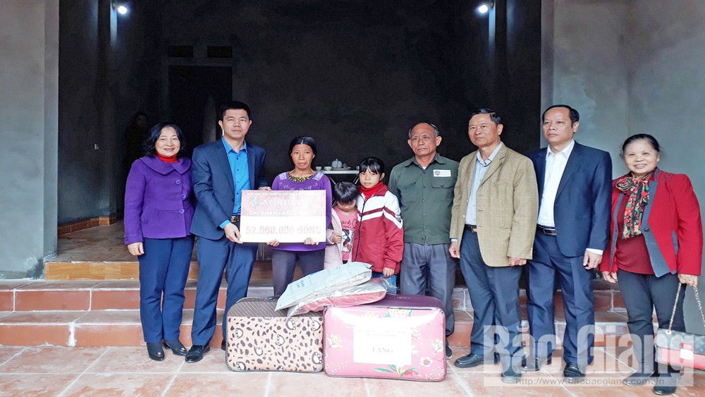 nhà mới ,  hoàn cảnh, khó khăn, huyện Sơn Động