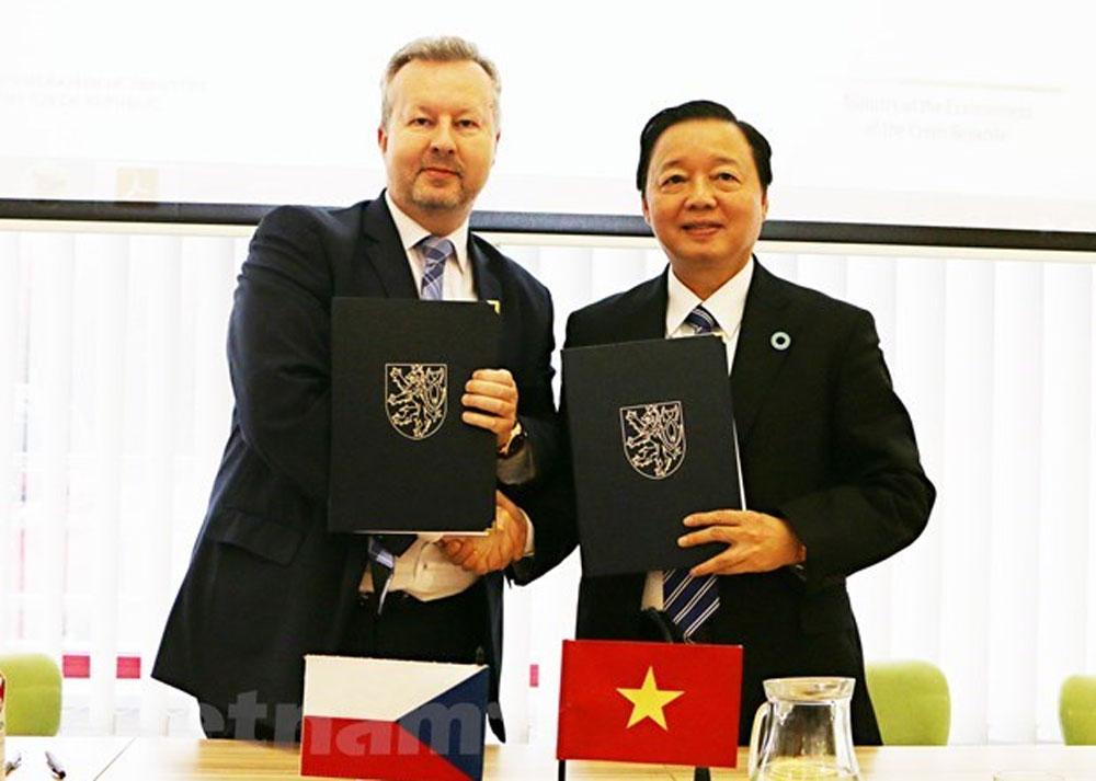 Vietnam, Czech Republic, environmental cooperation, action plan for cooperation,  environmental business forum, investment opportunities