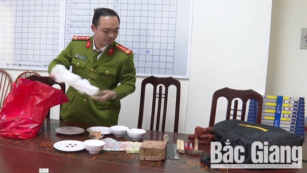 Công an Bắc Giang, 19 đối tượng đánh bạc, Lục Ngạn, đánh bạc