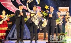 Thí sinh Nguyễn Đức Tùng giành giải Nhất tiếng hát truyền hình Bắc Giang năm 2019