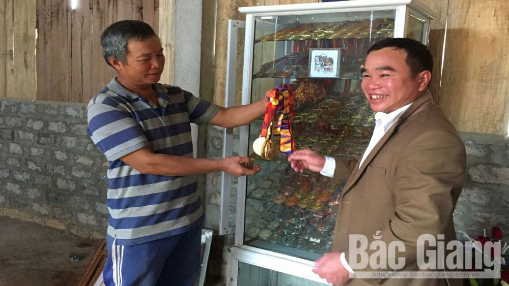 Golden archer, Loc Thi Dao's parents, Bac Giang province, 30th SEA Games, certificates of merit, domestic tournaments,