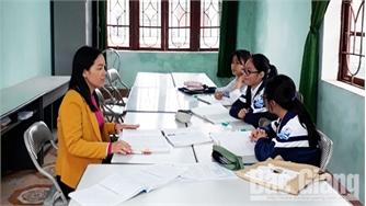 Cô giáo Nguyễn Thị Hồng Bến tận tâm vì học sinh