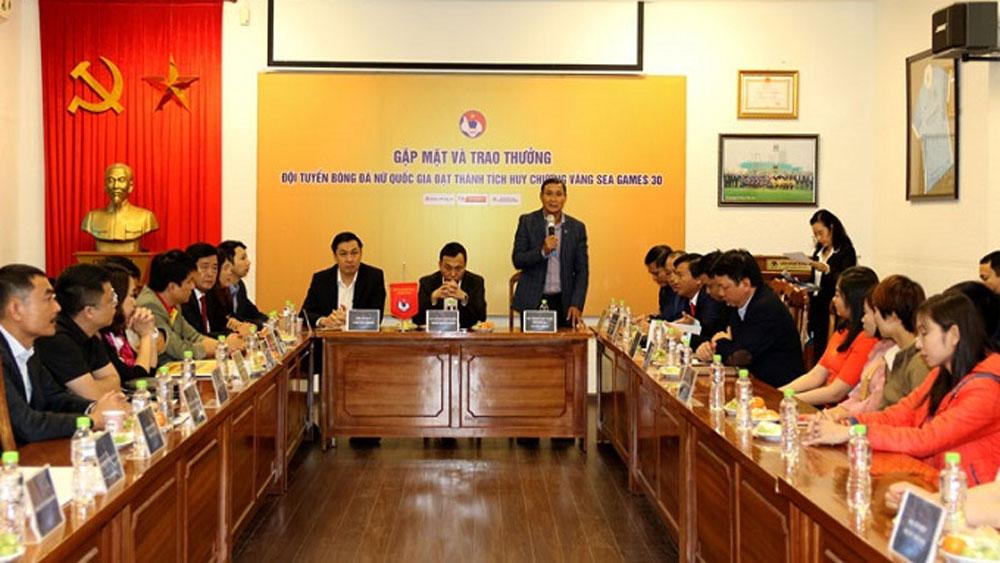 Vietnam's women's football team, SEA Games triumph, Vietnam Football Federation, Mai Duc Chung, gold medal