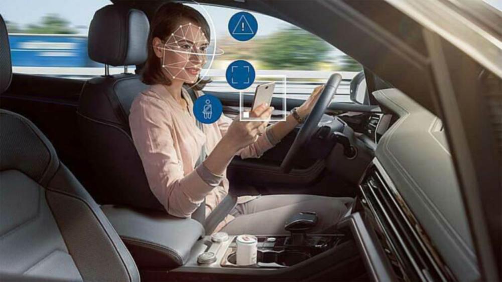 xe hơi, công nghệ an toàn của ôtô, tài xế buồn ngủ, xao nhãng khi lái xe, lái xe thiếu an toàn