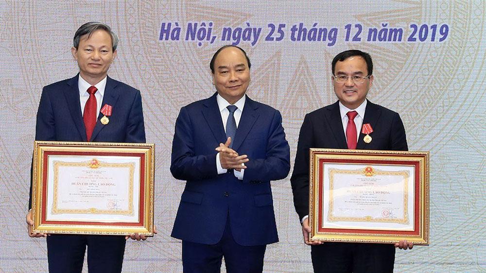 Thủ tướng Nguyễn Xuân Phúc, thiếu điện, hoàn cảnh nào
