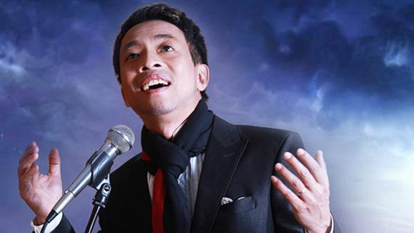 Ca sĩ Việt Hoàn (nguồn: Báo Dân Sinh)