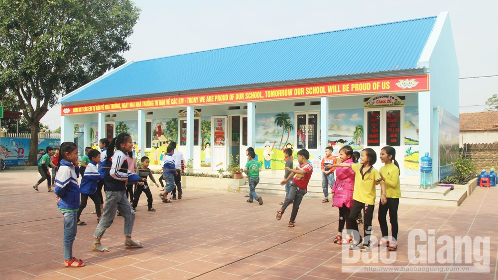 Friendship imbued schools, Bac Giang province, non-governmental aid, educational activities, satellite location, non-governmental organizations, school sanitation