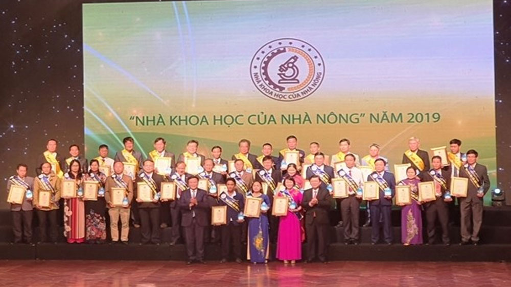 scientists of farmers, new-style rural area building, Vietnam Farmers' Union,  agricultural development,  technological significance