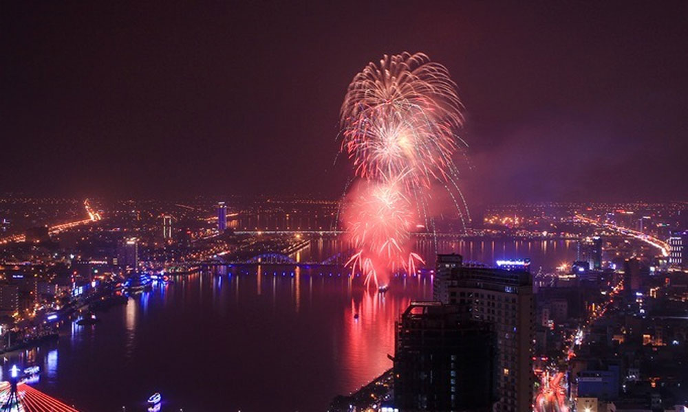 Vietnam, top tourist destinations, ring in New Year, fireworks, music festivals, art programs, New Year's Eve