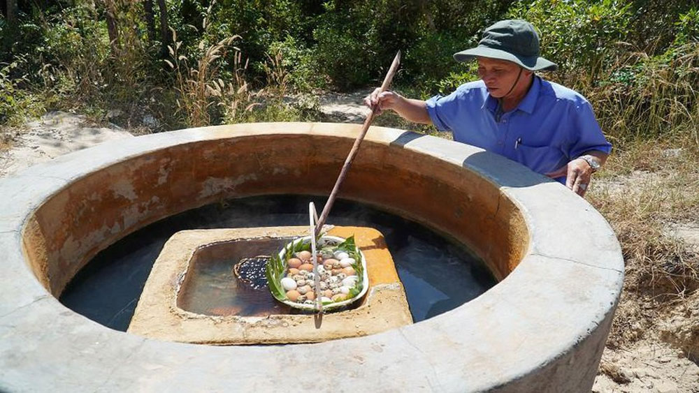 A well with water so hot you can boil eggs in it