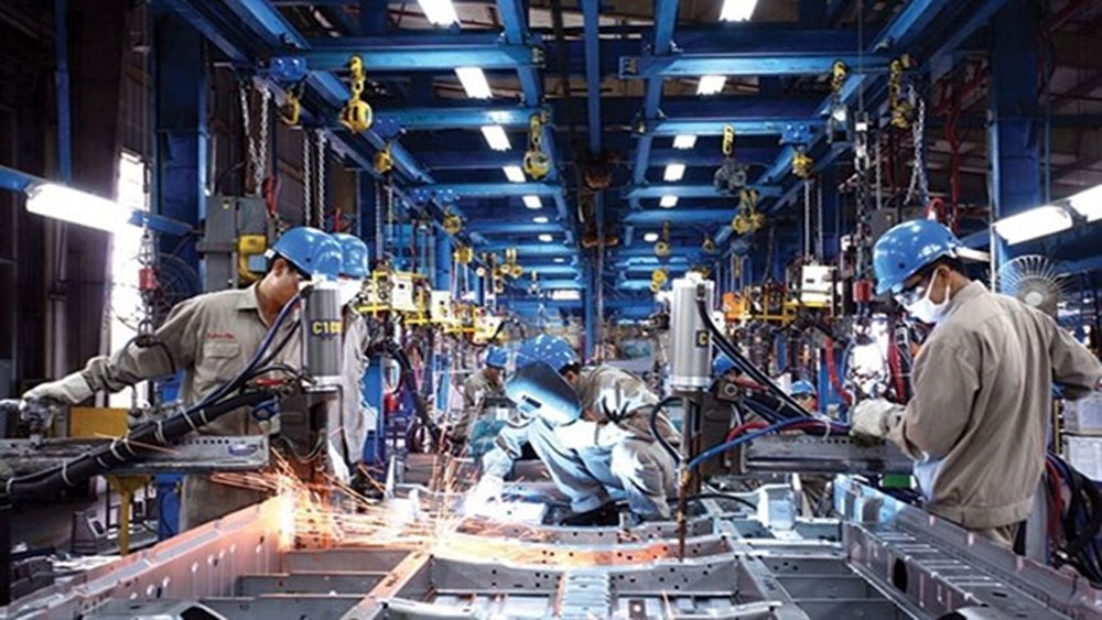 Manufacturing sector drives economic growth