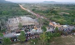 Chính phủ Cambodia trợ giúp các nạn nhân vụ sập công trình xây dựng tại tỉnh Kep
