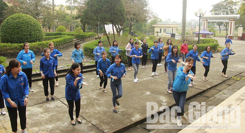 Bắc Giang, Trường Cao đẳng Ngô Gia Tự, Cao đẳng nghề công nghệ Việt - Hàn, sinh viên, học sinh