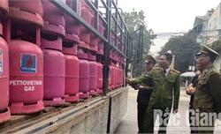 Bắc Giang: Phát hiện một cơ sở chiết nạp gas trái phép khối lượng lớn