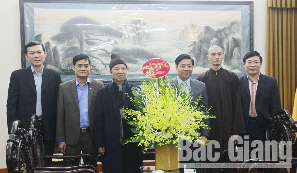 Provincial Chairman Duong Van Thai, pre-Tet visits, religious dignitaries, Bac Giang province, Tet greetings, outstanding achievements, socio-economic development
