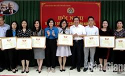 Công đoàn Viên chức tỉnh: 78 tập thể, cá nhân được khen thưởng