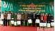 Ngân hàng Chính sách Xã hội Việt Nam tặng 200 suất quà Tết cho hộ nghèo, gia đình chính sách tại xã Cấm Sơn