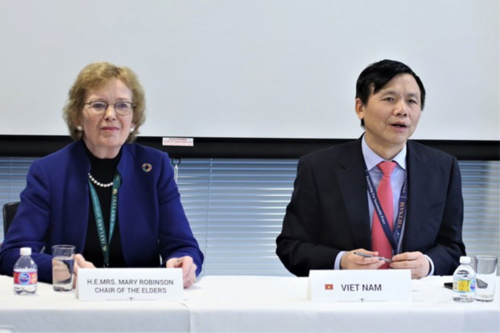 Vietnam, first meeting, ASEAN Committee, New York, Vietnamese permanent mission,  image and active engagement