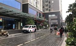 Bé gái 4 tuổi rơi từ tầng 25 chung cư Star Tower xuống tử vong