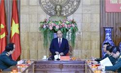 Thủ tướng Nguyễn Xuân Phúc kiểm tra công tác ứng trực sẵn sàng chiến đấu tại Quân khu 5