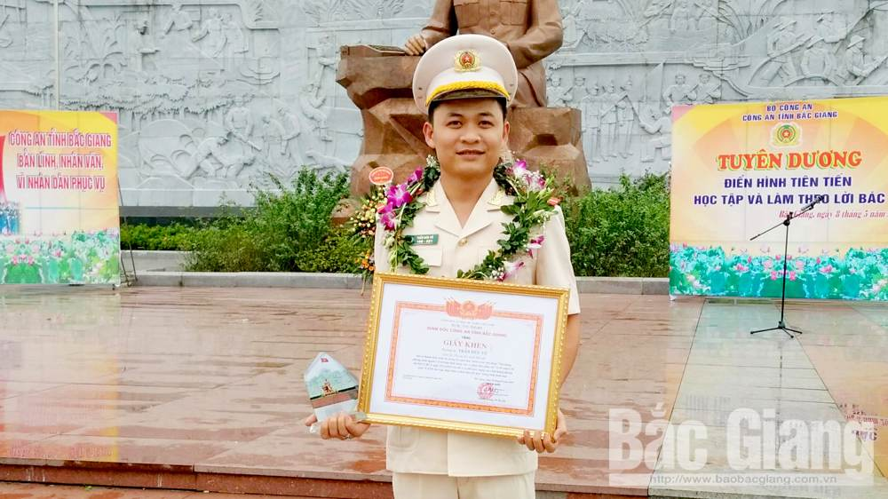 Bac Giang youths contribute to building homeland