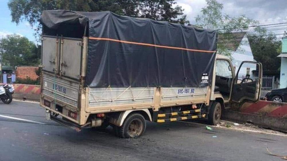 Khen thưởng, cảnh sát giao thông, truy đuổi 20km, bắt đối tượng trộm xe tải ở Bình Phước, đối tượng Phan Văn Hợi