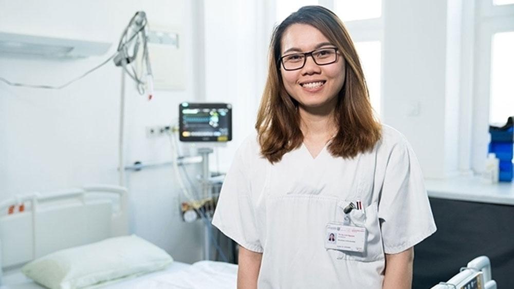 Vietnamese nurses, training and work, Germany, German side, rapid population aging, Vietnamese workers