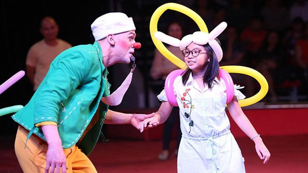Second int'l circus gala, HCM City, Phuong Nam Art Theatre, circus performers, circus gala