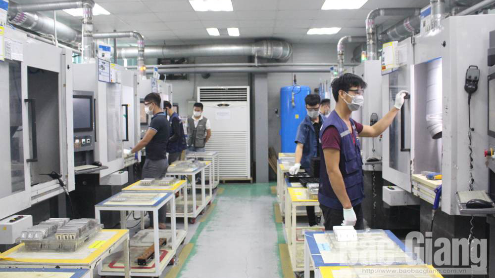 Bac Giang province, industrial production, first days of new year, positive signals, sharply increase,  partners' demand, Production and business acceleration, export plan