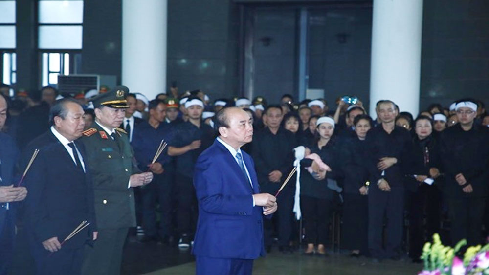 Thủ tướng, viếng 3 chiến sĩ công an, hy sinh ở Đồng Tâm