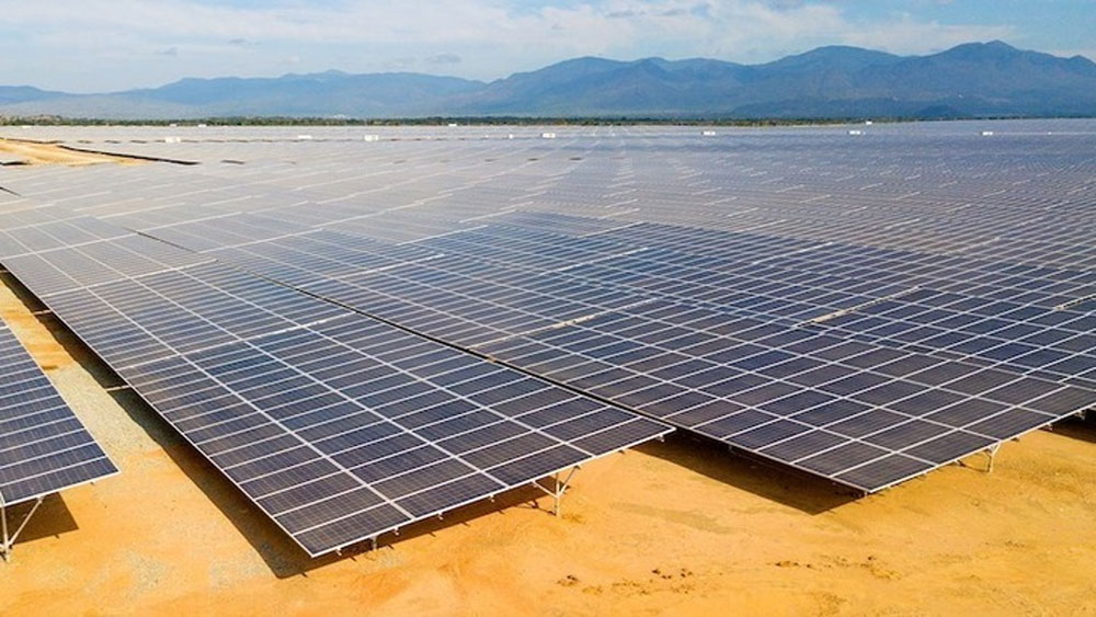 Vietnam to lower tariffs for solar power
