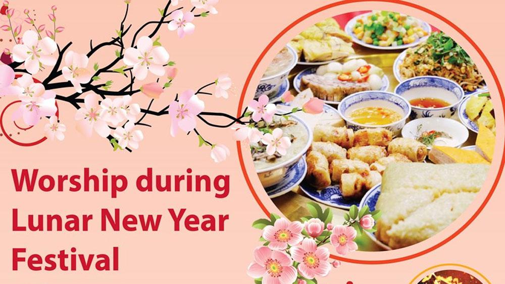 Worship during Lunar New Year Festival