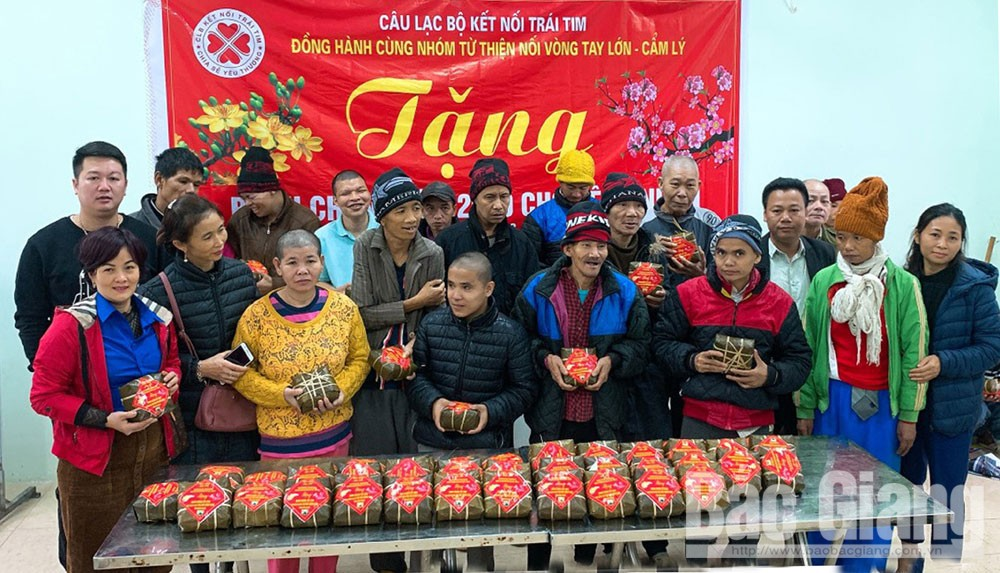 Bac Giang province, warm spring, the poor, Lunar New Year holiday, no one is left behind, Red Cross Society, humanitarian journey