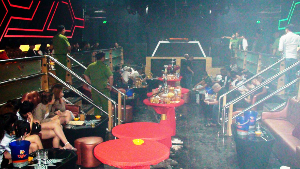 Tây Ninh, Đột kích, quán bar, dương tính với ma túy, quán bar Holiday Club, bà Hà Thị Mộng Huyền